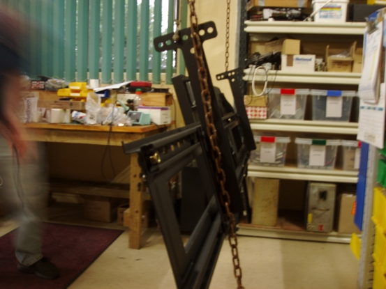 Photo - Tenpintec custom double flat screen hanging mount